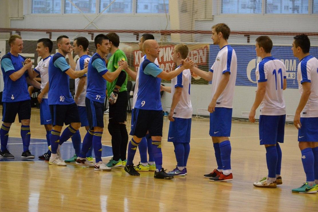 Ухтинцы побеждают в первом товарищеском матче
